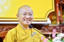 TT. Nhật Từ nói về Thiền sư Thích Nhất Hạnh trong khóa tu Ngày an lạc