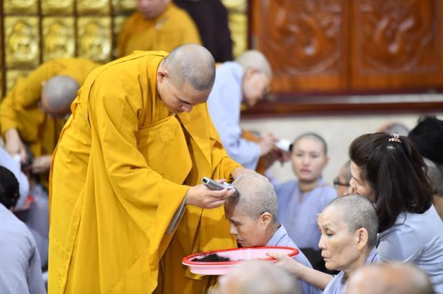 TP.HCM: Gần 170 hành giả tham dự khóa tu Xuất Gia Gieo Duyên tại chùa Giác Ngộ