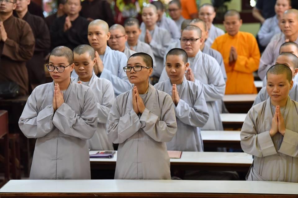 TT. Thích Nhật Từ giảng tại lớp Cao Cấp Giảng Sư, chùa Hòa Khánh, Bình Thạnh, Tp.HCM