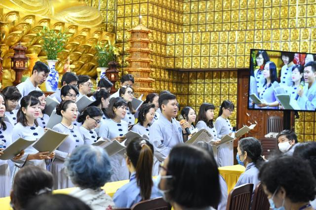 """TT. Nhật Từ giảng về """"cốt lõi thiền của Lục tổ Huệ Năng và Phật hoàng Trần Nhân Tông"""" trong Ngày an lạc"""