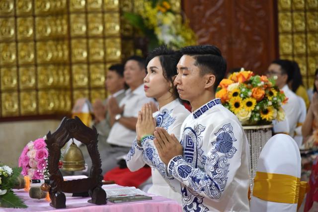 Lễ hằng thuận của đôi uyên ương Văn Sơn và Bạch Thảo
