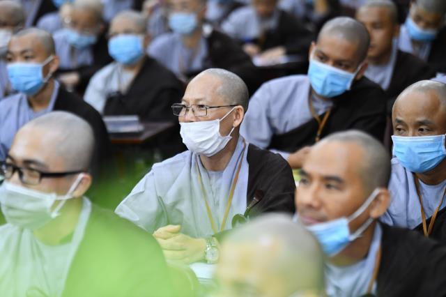 """ĐĐ. Thích Vạn Mãn và bài giảng """"Ứng dụng lời Phật dạy trong đời sống hằng ngày"""""""