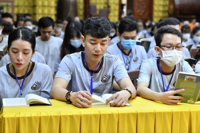 Khóa tu Tuổi trẻ: Mở ra các cửa sổ trí tuệ qua việc đọc Kinh